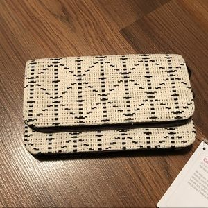 NWT Thirty One Perfect Cents Wallet